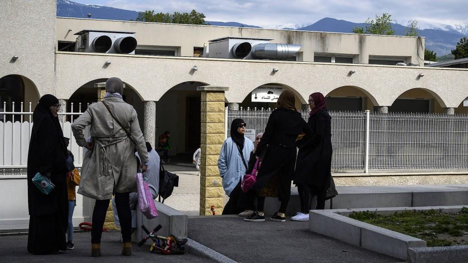 Parallelgesellschaften: Eine islamische Schule nahe Grenoble, der Verbreitung salafistischer Lehren vorgeworfen wird.