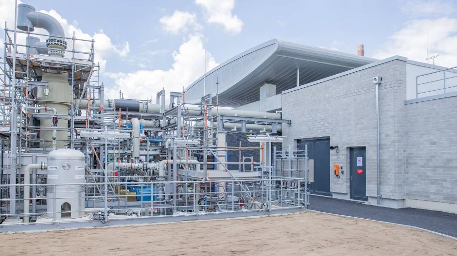 Zukunft beginnt hier: Wasserstoff-Elektrolyseanlage von Shell in Wesseling