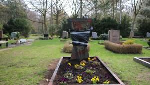 Gräber ermordeter Polizisten in Berlin geschändet