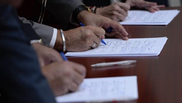 Kann mir wegen einer Unterschriftenaktion gekündigt werden?
