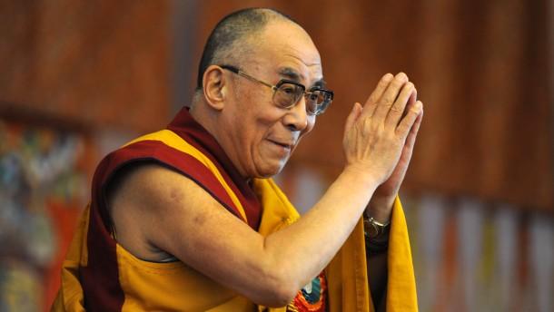 """""""Den Dalai Lama als gewaltlos zu bezeichnen, ist ein Witz"""""""