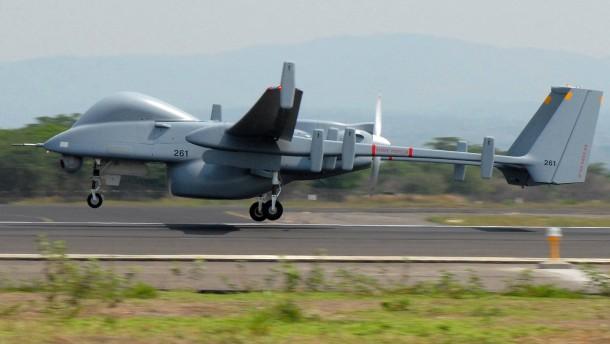 Koalition bevorzugt israelische Drohne