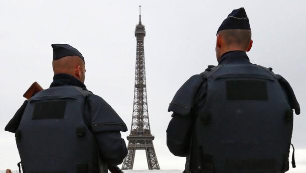 Pariser Polizei fasst vier mutmaßliche Islamisten