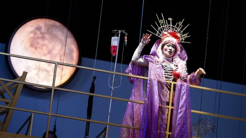 """Fast eine Spielart der """"Madama Butterfly"""": Soojin Moon als Mimì in Puccins """"La Bohème"""""""