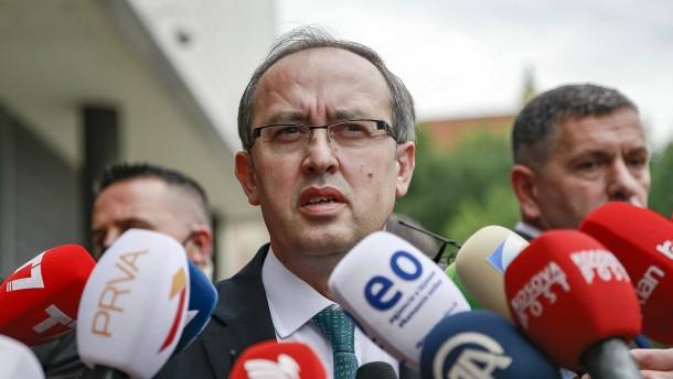 Kosovo hebt Strafmaßnahmen gegen Serbien auf