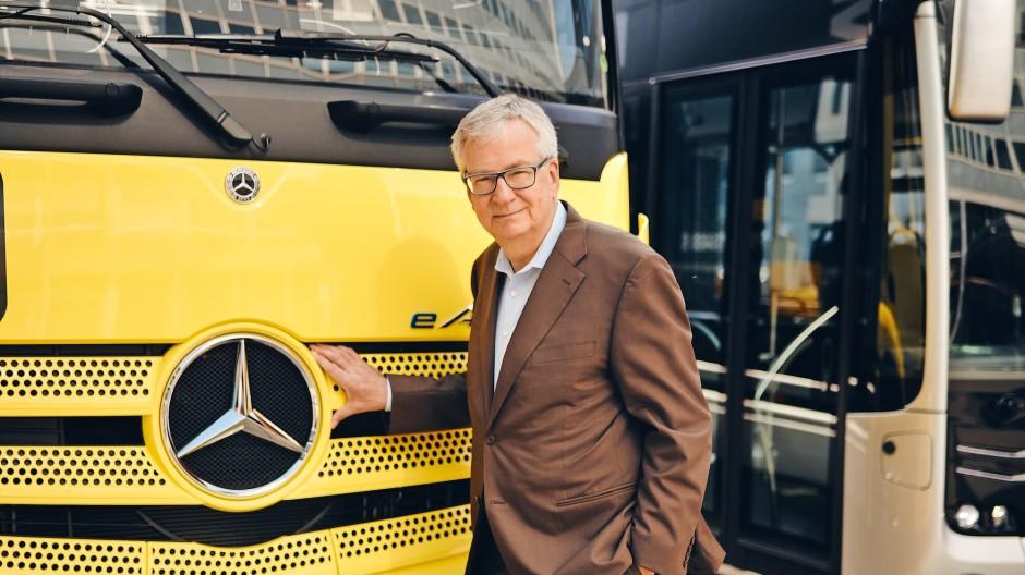 Martin Daum, 61, arbeitet seit 1987 für Daimler. Seit 2017 führt er das Lastwagengeschäft, das nun ein eigenständiges Unternehmen wird.