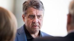 """Gabriel: Trump strebt """"Regimewechsel"""" in Deutschland an"""