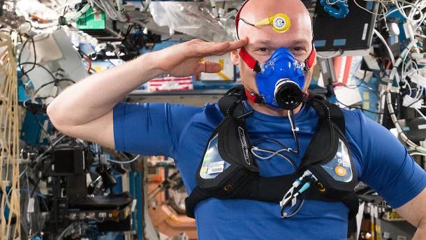 Astronaut Gerst dankt Pflegekräften in Corona-Krise