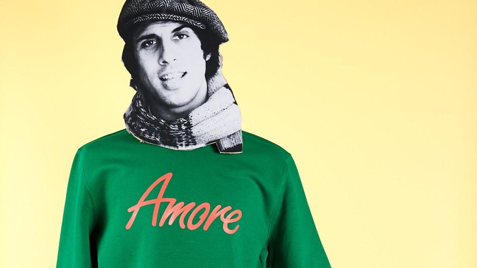 """Der Berliner """"Amore Store"""" wirbt mit Adriano Celentano."""