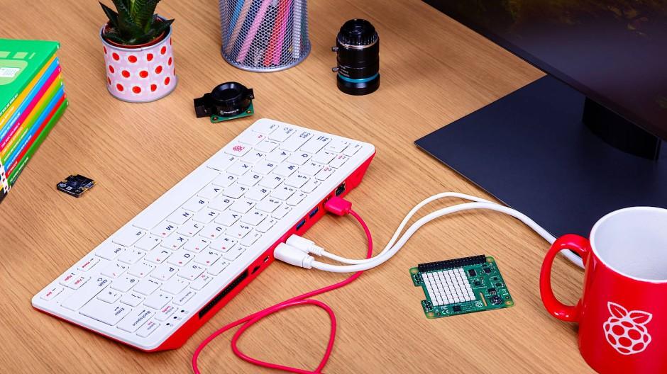 Fürs Büro und Peripherigeräte: Raspberry Pi 400 im Einsatz