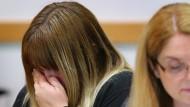Mutter von fast verhungertem Säugling zu langer Haft verurteilt