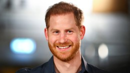 "Prinz Harry verteidigt ""The Crown"""