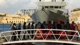 Flüchtlinge dürfen in Malta anlegen