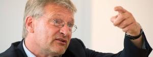 Der Bundesvorsitzende der AfD, Jörg Meuthen, kann sich in Mecklenburg-Vorpommern auch eine Zusammenarbeit mit der rechtsextremen NPD vorstellen.