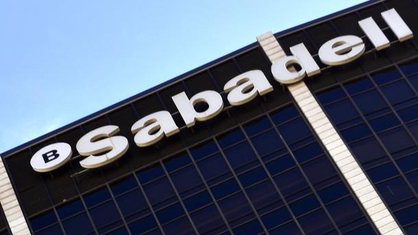 Erste Bank verlässt Katalonien