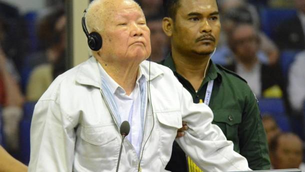 Rote Khmer-Führer wegen Völkermords zu lebenslanger Haft verurteilt