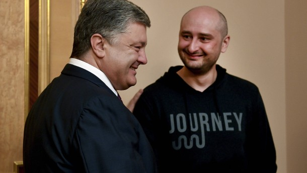 Poroschenko bedankt sich bei tot erklärtem Journalisten