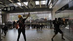 Hongkonger U-Bahn stellt Betrieb ein