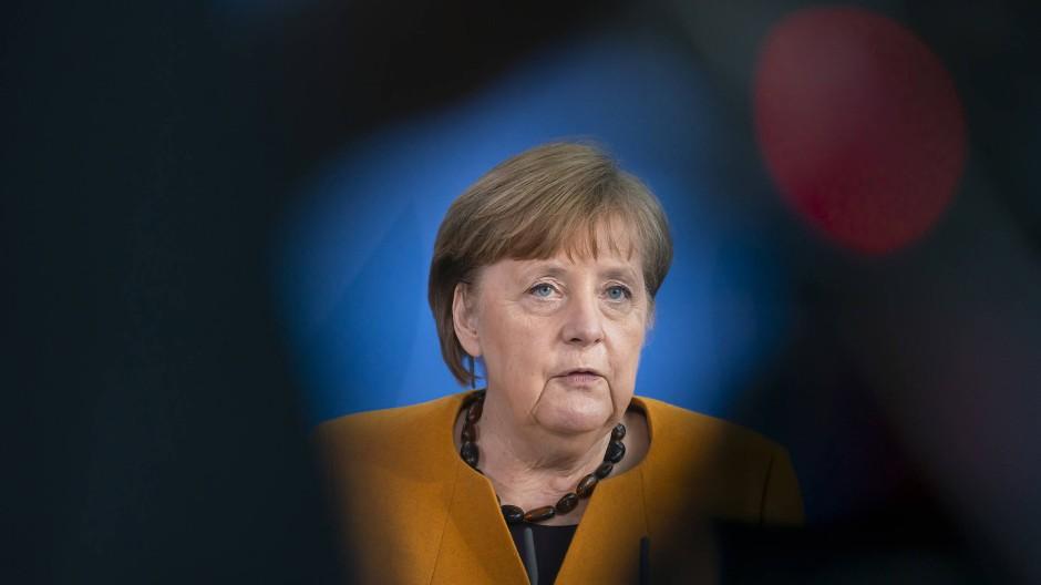 Bundeskanzlerin Angela Merkel bei ihrem Pressestatement zur Rücknahme der Ruhetags-Regelung am 24. März 2021.