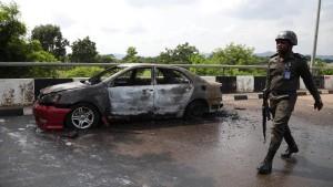 Nigerias Parlament nach Schusswechsel abgeriegelt