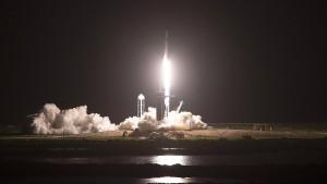 SpaceX-Weltraumtouristen melden sich aus Raumkapsel