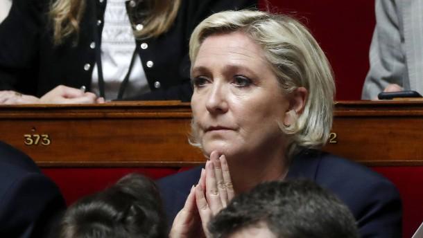 Ermittlungsverfahren gegen Le Pen eingeleitet