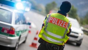 EU-Kommission will Deutschland weitere Grenzkontrollen erlauben