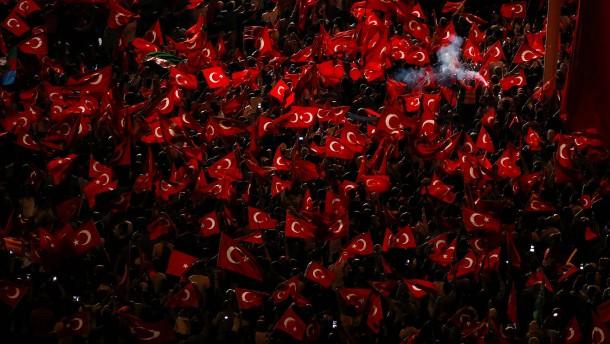 Türkei setzt Europäische Konvention für Menschenrechte aus