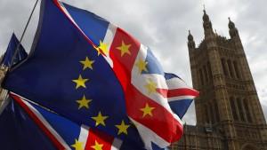 Harter Brexit, Zollunion oder neues Referendum?