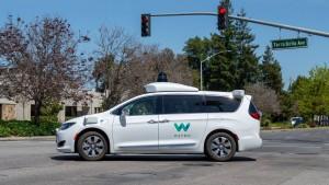 Renault und Nissan wollen mit Waymo Robotertaxis bauen