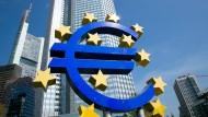 Der Euro ist auf den tiefsten Stand seit 2006 gefallen