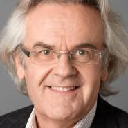 """Rainer Hermann  - Portraitaufnahme für das Blaue Buch """"Die Redaktion stellt sich vor"""" der Frankfurter Allgemeinen Zeitung"""