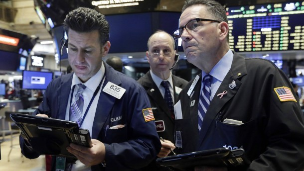 Der Ölpreisverfall belastet die Wall Street