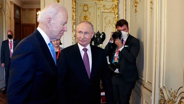 Biden droht Putin mit Konsequenzen für Cyberangriffe
