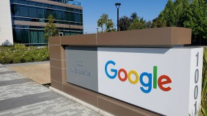 Online-Aktivität kurbelt Googles Geschäft an