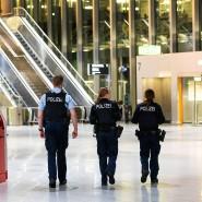 Erhöhte Kontrollen: Bundespolizei setzt das Einreiseverbot am Frankfurter Flughafen durch