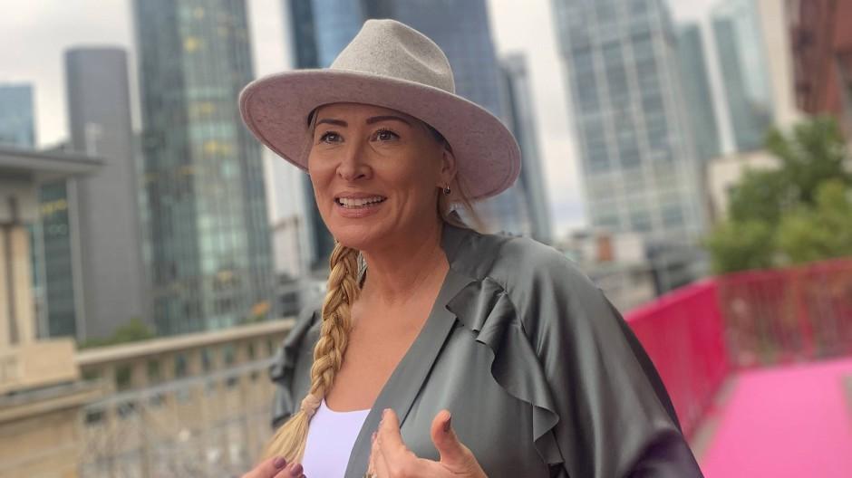 Sandra Hansen über den Dächern von Frankfurt: Vorstellung ihrer Marke Lemanjá
