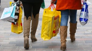 Verbraucher weiter in Kauflaune