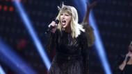 Taylor Swift Anfang 2017 in Texas: Der Radiomoderator David Mueller aus Colorado, der ihr unter den Rock und an den Po gefasst haben soll, muss sich diese Woche vor Gericht verantworten.
