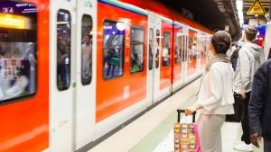 RMV fordert mehr eigene Gleise für die S-Bahnen