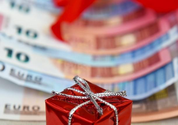 Bild Zu Spenden Oder Gewinnen Machen Sie Mit Uns Ein Spenden