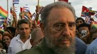 """Fidel Castro: Die Kubaner bewunderten ihn und sie verzweifelten an ihm, ihrem """"Comandante""""."""