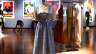 Zauberer von Oz-Kleid versteigert