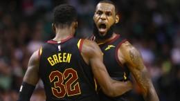 LeBron James führt Cleveland ins Finale