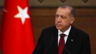 09.07.2018: Recep Tayyip Erdogan stellt wenige Stunden nach seiner Vereidigung als Staatspräsident sein neues Kabinett vor.