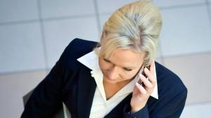 Was Frauen im Beruf ausbremst