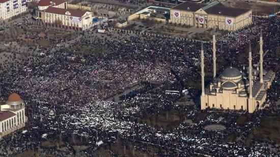 """Massenprotest gegen """"Charlie Hebdo"""" in Tschetschenien"""
