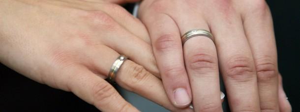 Paare kommen immer häufiger aus bildungsgleichen Schichten.