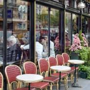 Die Investitionspause im Sommer hat oft genutzt: Frühling in Paris