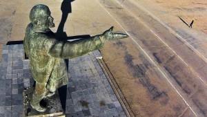 Lenin steht demnächst im Westen